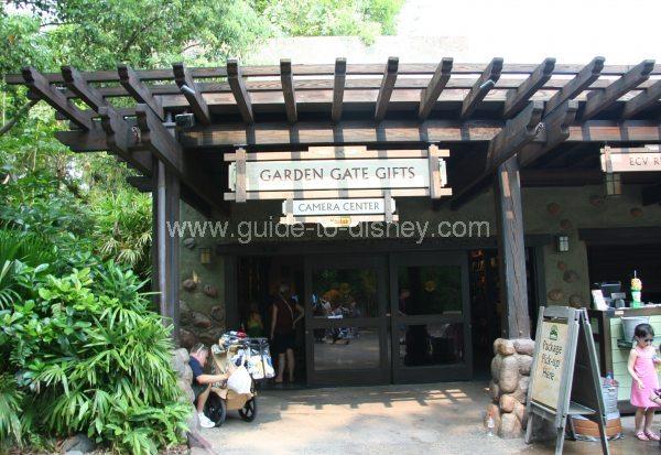 [Walt Disney World Resort] Tout savoir pour préparer son voyage - Page 5 Garden-gate-gifts-big