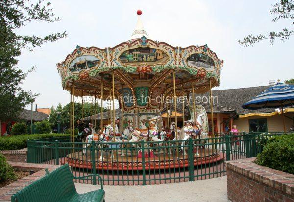 Guide To Disney World Downtown Disney Carousel
