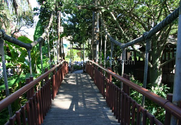 Guide to Disney World - The Swiss Family Robinson Tree House