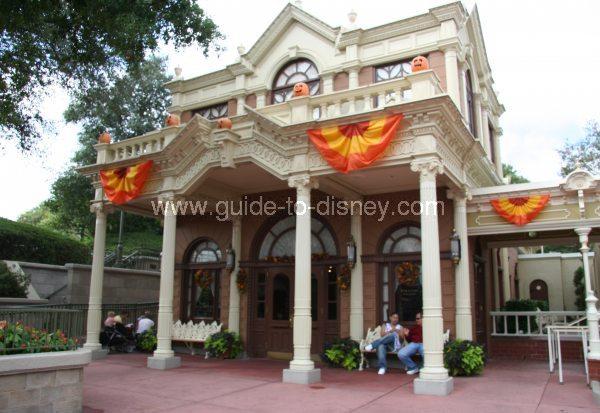 [Walt Disney World Resort] Tout savoir pour préparer son voyage - Page 5 Package-pick-up-magic-kingdom-big
